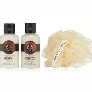 The Body Shop Coconut Cube Travel Gift Set